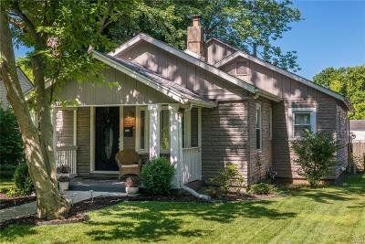Kettering Single Family Home Active/Pending: 2929 Berkley Street