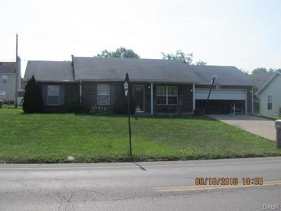 Dayton Single Family Home For Sale: 3830 Klepinger Road