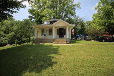Vandalia Single Family Home For Sale: 1021 Dixie Drive