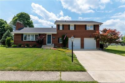 Kettering Single Family Home For Sale: 775 Willowdale Avenue