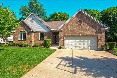 Miamisburg Single Family Home For Sale: 2385 Sunflower Drive
