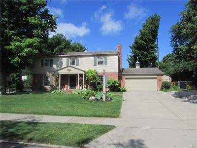 Kettering Single Family Home For Sale: 4933 Ackerman Boulevard