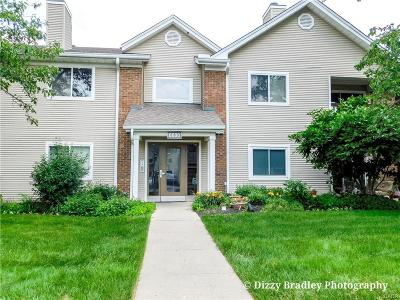 Dayton Condo/Townhouse For Sale: 6600 Green Branch Drive #7