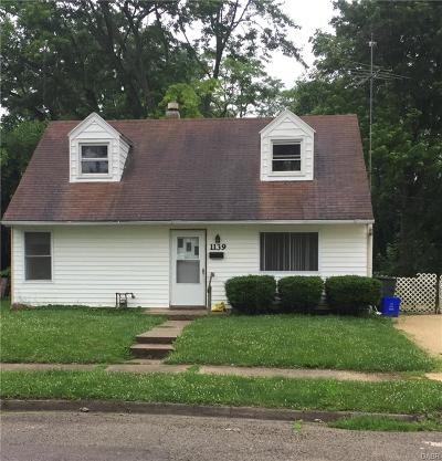 Dayton Single Family Home For Sale: 1139 Blakley Drive
