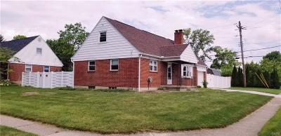 Kettering OH Single Family Home For Sale: $144,900