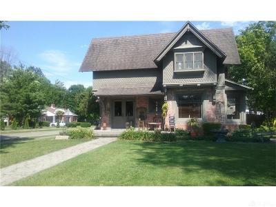 Urbana Single Family Home Active/Pending: 627 Main Street