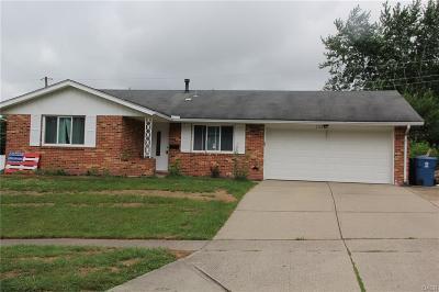 Dayton Single Family Home For Sale: 7323 Charnwood Drive