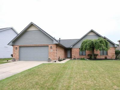 Fairborn Single Family Home Active/Pending: 2564 Countryside Drive