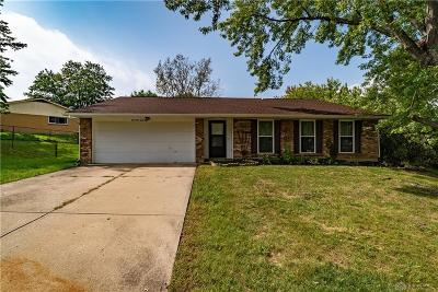 Huber Heights Single Family Home For Sale: 4964 Arrowview Drive