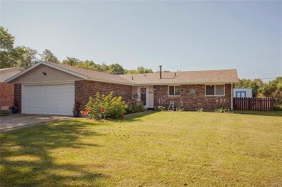 Fairborn Single Family Home Active/Pending: 8117 Philadelphia Drive