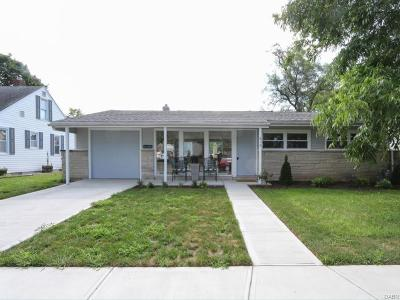 Fairborn Single Family Home For Sale: 610 Winston Drive