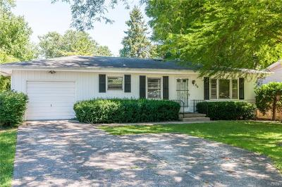 Yellow Springs Vlg OH Single Family Home For Sale: $179,000