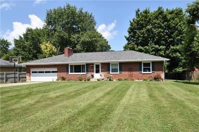 Fairborn Single Family Home For Sale: 8190 Dayton-Springfield Road