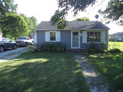 Xenia Single Family Home Active/Pending: 111 Junkin Road