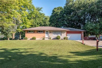 Beavercreek Single Family Home Active/Pending: 317 Tanglewood Drive