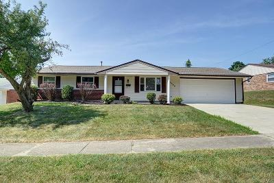 Huber Heights Single Family Home Active/Pending: 6525 Grovehill Drive