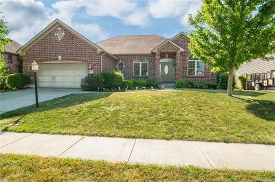 Dayton Single Family Home For Sale: 3817 Berrywood Drive