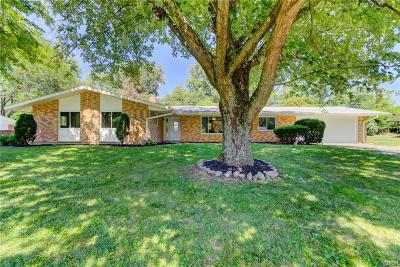 Xenia Single Family Home For Sale: 976 Stover Drive