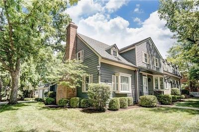 Centerville Condo/Townhouse For Sale: 73 Wythe Parish Street