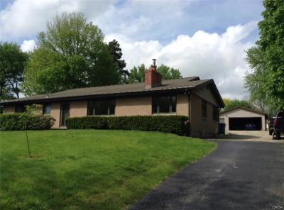 Beavercreek Single Family Home Active/Pending: 4058 Sierra Park Terrace
