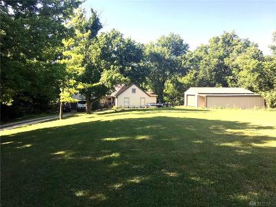 Miamisburg Single Family Home For Sale: 1226 Orchard Hill Drive