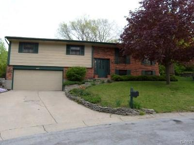 Miamisburg Single Family Home For Sale: 847 Stout Will Court