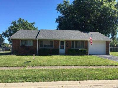 Enon Single Family Home For Sale: 6515 Oak Hill Dr