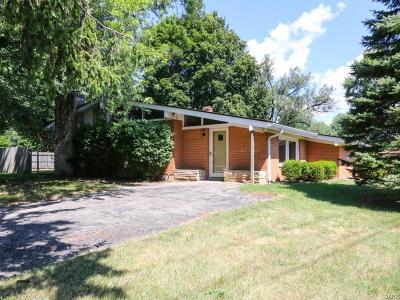 Beavercreek Single Family Home Active/Pending: 3376 Jonathon Drive