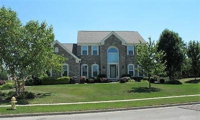 Beavercreek Single Family Home For Sale: 2409 Hillsdale Drive