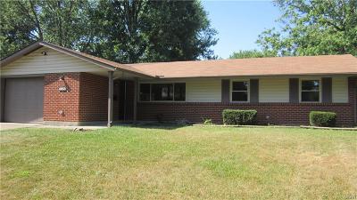 Huber Heights Single Family Home Active/Pending: 4958 Tewkesbury Drive