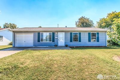 Xenia Single Family Home For Sale: 485 Richard Drive