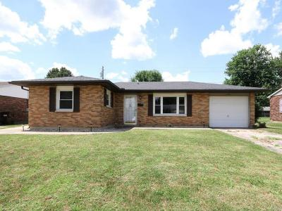 Xenia Single Family Home For Sale: 1738 Gayhart Drive