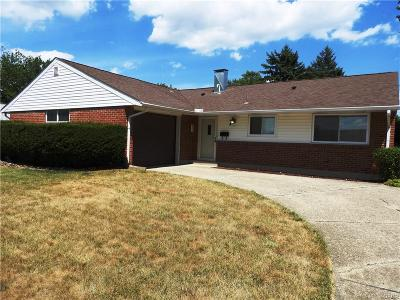 Huber Heights Single Family Home For Sale: 6372 Rosebury Drive