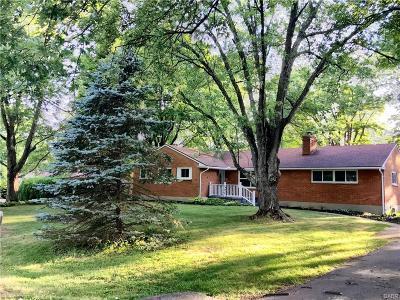 Beavercreek Single Family Home For Sale: 433 Silvercrest Terrace