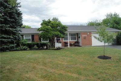 Beavercreek Single Family Home For Sale: 2943 Rockledge Trail