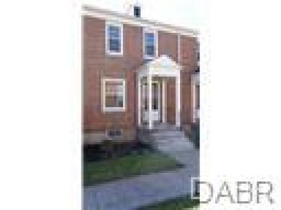 Springfield OH Condo/Townhouse For Sale: $81,900