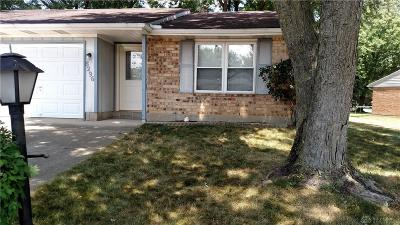 Huber Heights Single Family Home For Sale: 8296 Schoolgate Drive