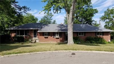 Dayton Single Family Home For Sale: 5439 Camelia Place