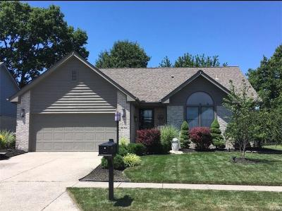 Miamisburg Single Family Home Active/Pending: 9618 Country Path Trail