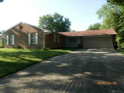 Dayton Single Family Home Active/Pending: 4549 Sylvan Oak Drive