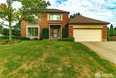 Miamisburg Single Family Home Active/Pending: 1120 Lord Fitzwalter Drive