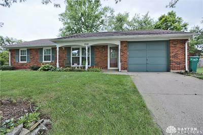 Springboro Single Family Home For Sale: 310 Larchway Lane
