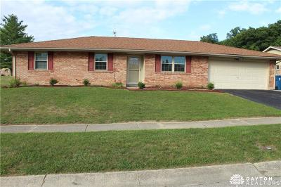 Huber Heights Single Family Home Active/Pending: 7060 Sandalview Drive