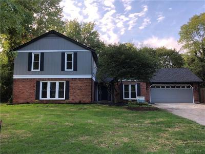 Dayton Single Family Home Active/Pending: 7730 Eagle Creek Drive