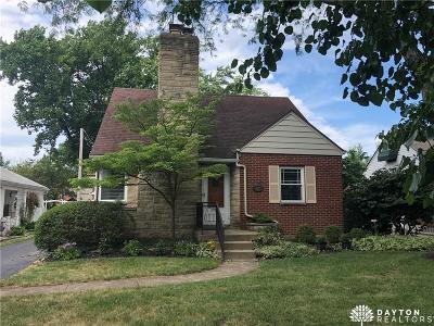 Oakwood Single Family Home For Sale: 427 Lonsdale Avenue