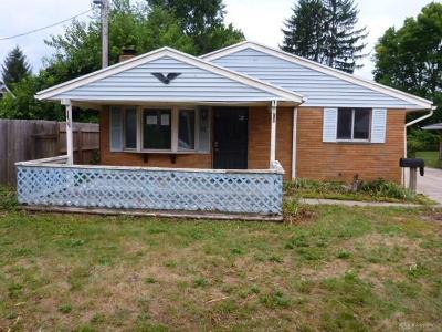 Dayton Single Family Home For Sale: 2001 Cardinal Avenue