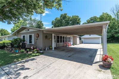 Kettering Single Family Home For Sale: 2124 Colton Drive