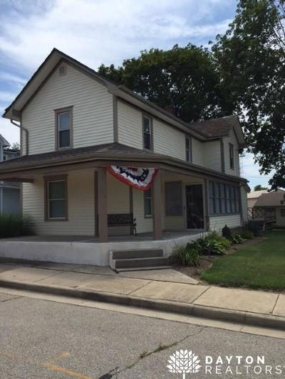 Brookville Multi Family Home Active/Pending: 116 Wall Street