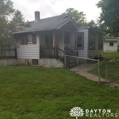 Englewood Single Family Home For Sale: 829 Englewood Drive