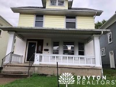 Dayton Single Family Home For Sale: 714 Carlisle Avenue